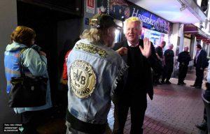 OB Ullrich Sierau bei einem diesjährigen Polizeieinsatz gegen Clankriminalität in der Nordstadt.