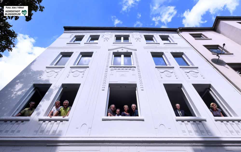 Die Stiftung Soziale Stadt hat das sanierte Gebäude nun an die Stadt Dortmund übergeben. Foto: Alex Völkel