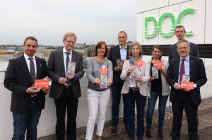 Die Veranstalter bei der Präsentation des Programmes auf der Dachterrasse des DOC-Gebäudes in der Kampstraße. Foto: Karsten Wickern