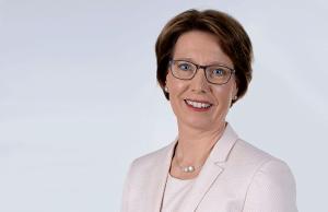 Die Leiterin der Direktion Zentrale Aufgaben ist die Leitende Regierungsdirektorin Alexandra Dorndorf.