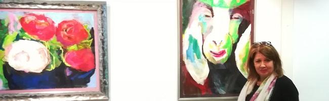 Beatrix Kückelmann hat keine Angst vor Farben, wie ihre erste große Ausstellung in der Artothek unter Beweis stellt