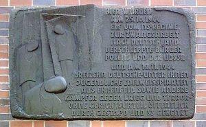 Gedenktafel für die ermordeten Edelweißpiraten in Köln-Ehrenfeld