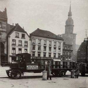 Elektromobilität bei der Müllabfuhr. Foto: Stadtarchiv Dortmund