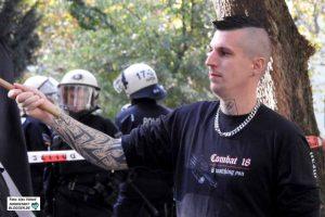 """Robin S. - Kader der """"Combat 18""""-Bewegung - ist regelmäßig auf Dortmunder Demos zu sehen."""