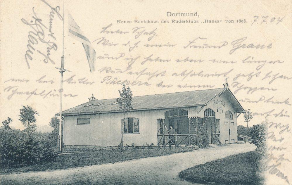 Das erste Bootshaus des RC Hansa 98 an der Drehbrücke am Hafengelände bestand nur wenige Jahre (Sammlung Klaus Winter)