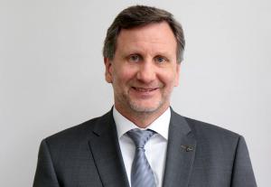 Leiter der Direktion Kriminalität ist der Leitende Kriminaldirektor Walter Kemper.