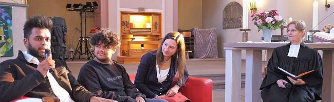 Landeskirche verlängert Unterstützung der Internationalen Lydiagemeinde bis Ende 2020 – erster Abendmahlgottesdienst