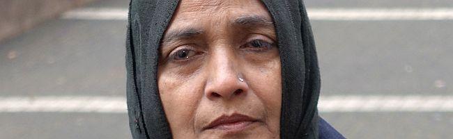 """Anklagebank für Textil-Discounter """"KiK"""": Betroffene der Brandkatastrophe von 2012 in Pakistan fordern Gerechtigkeit"""