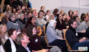 Rund 120 Multiplikator*innen und Fachkräften aus Institutionen, Vereinen, Verbänden und Verwaltungen nahmen teil.