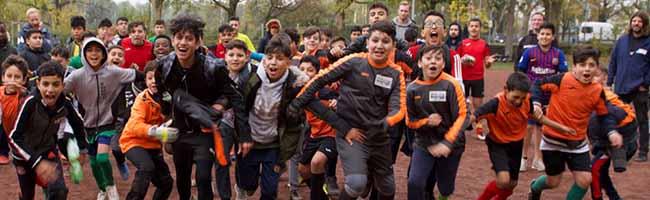 FOTOSTRECKE: Saisonabschluss bei BuntKicktGut Dortmund – Preise für sportlichen Erfolg und Fairness in der Nordstadt