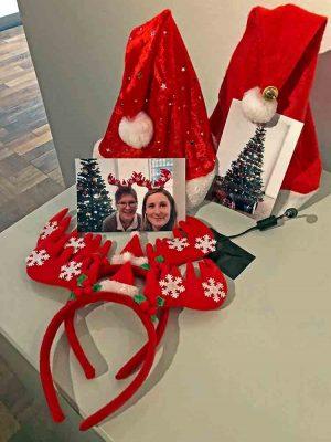 Selfis machen: Zutaten dafür gibts in der Weihnachtsausstellung. Fotos: Joachim vom Brocke