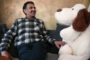 Fereydun Kohestani unterstützt Flüchtlinge und MigrantInnen seit langem ehrenamtlich.