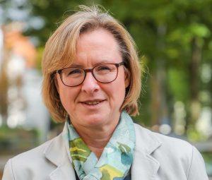 Birgit Steinhauer bietet Unterstützung in der Trauerbegleitung. Foto: Stephan Schuetze