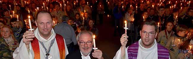 Friedenslicht aus Bethlehem in Dortmund ausgesendet: PfadfinderInnen begrüßen Friedenssymbol in der Nordstadt