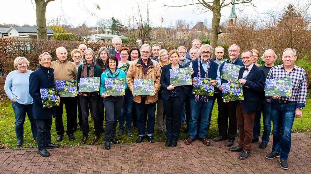 Der Kalender vom Forum Dortmunder Gartenkultur löst das bisherige Jahrbuch ab und beinhaltet nützliche Informationen zu Terminen und Kontaktadressen. Foto: Roland Gorecki