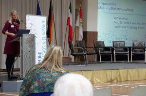 Prof. Isabell van Ackeren: statt Deskriptivität wird mehr mehr Erklärungswissen benötitigt