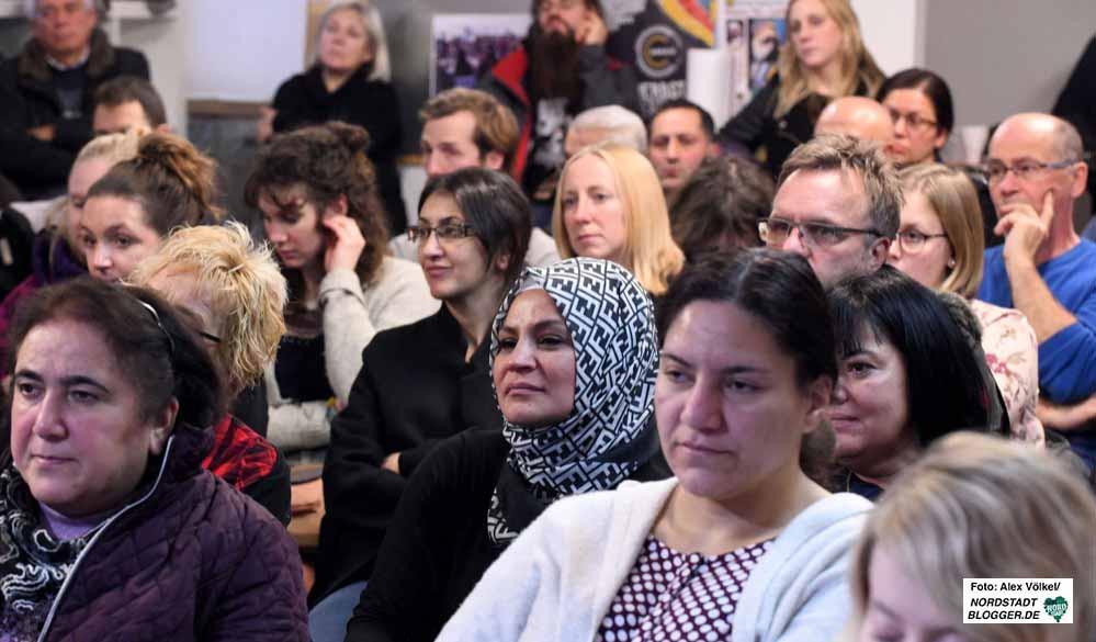 """In den Räumen des Bezent e.V. fand die """"1. Bildungskonferenz Nordstadt"""" statt. Fotos: Alex Völkel"""