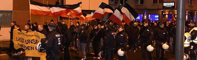 Die Zahl der Demonstrationen und Kundgebungen der extremen Rechte in NRW ist weiter angestiegen
