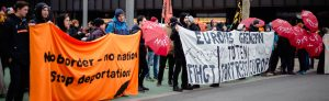 Transparente der Seebrücken-Demo in Dortmund.