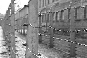 Über eine Million Menschen starben nach seriösen Schätzungen in dem Lager der Nazis. Foto: Flickr