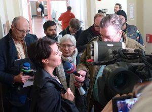 Miriam Saage-Maaß vom ECCHR kurz nach der Urteilsverkündung. Fotos: Sascha Fijneman