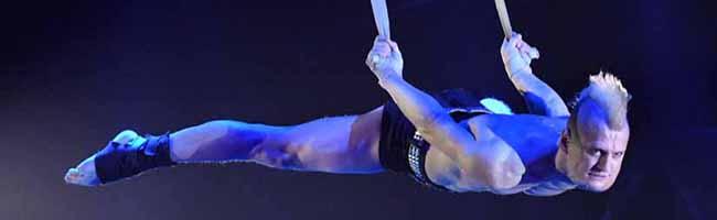 """FOTOSTRECKE Erfolgreiches Gastspiel des Circus """"Flic Flac"""": 53.000 Menschen besuchten die """"X-Mas-Show"""" in Dortmund"""