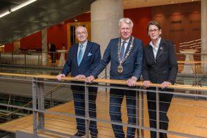 Bürgermeister Manfred Sauer, OB Ullrich Sierau und Bürgermeisterin Birgit Jörder hatten eingeladen.