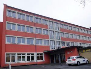 Die Gertrud-Bäumer-Realschule befindet sich im Hafenquartier der Nordstadt.
