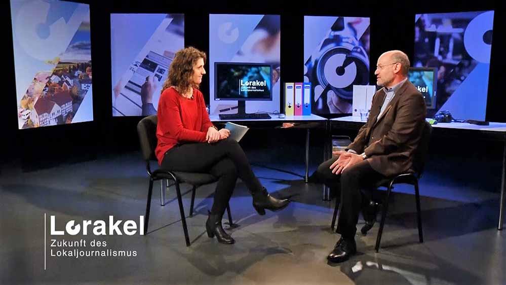"""Die erste Ausgabe der Interview-Reihe """"Lorakel"""" mit Prof. Matthias Kurp von der Hochschule für Medien, Kommunikation und Wirtschaft ist bereits online bei NRWision abrufbar. Foto: NRWision"""