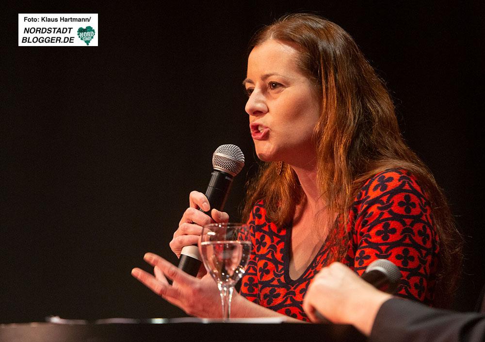 Janine Wissler, Stellvertretende Bundesvorsitzende der LINKEN zu Gast auf dem Neujahrsempfang der Fraktion Die Linke & Piraten im Rat der Stadt Dortmund