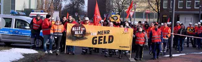 Warnstreik der IG Metall vor der Westfalenhütte – Forderung: Mehr Geld und freie Tage in der Eisen- und Stahlindustrie