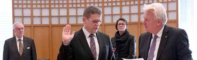 Arnulf Rybicki als neuer Dezernent für Bauen und Infrastruktur der Stadt Dortmund vereidigt worden