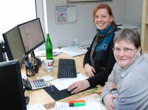 Andrea Gumprich lernt zunächst alle Arbeitsbereiche des Cateringunternehmens kennen.