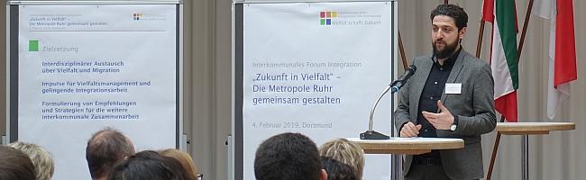 """10 Jahre Städtekooperation Integration.Interkommunal: """"Wer redet eigentlich heute noch über Menschlichkeit?"""""""