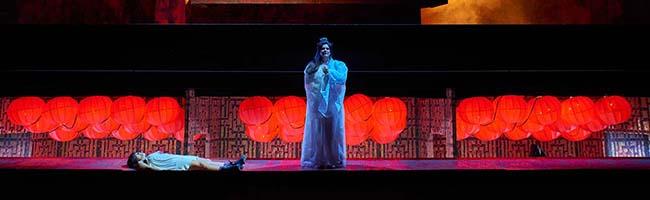 """Blockbuster ohne Popcorn: """"Turandot"""" von Giacomo Puccini im Opernhaus Dortmund – Gewalt in Bild und Ton"""