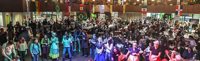 FOTOSTRECKE: Tolle Stimmung bei ¡VIVA!-Kulturfestival lockte am Wochenende unzählige Gäste ins DKH