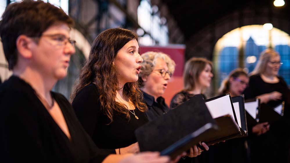Die Mitglieder des neu gegründeten Konzertchor Westfalica sind überwiegend dem Jugendkonzertchor der Chorakademie Dortmund entwachsen. Foto: Jannes Grothus