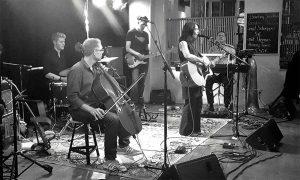 Nic Koray und Band. Foto: Stefan Gensler
