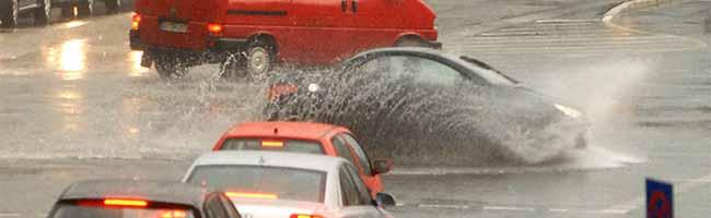 Mit den Sommertemperaturen steigt auch die Unwettergefahr: Schützen Sie ihre Immobilie vor Starkregen