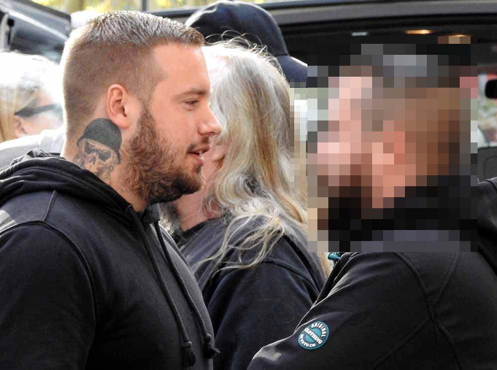 Neonazi-Kader Steven F. sitzt seit 29.November in Untersuchungshaft. Vor Gericht muss er sich für insgesamt sechs unterschiedliche Anklagen verantworten.