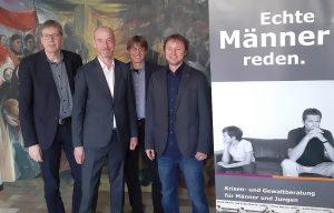 (v.l.:) Andreas Thiemann, Markus Brauckmann, Alwin Buddenkotte und Fabian Anft, der sich in der Ausbildung zum Konflikt- und Gewaltberater befindet.