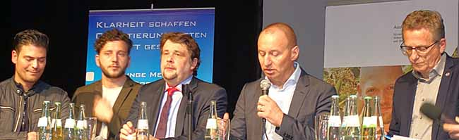 So politisch sind Jugendliche aus Dortmund: SchülerInnen fühlen Europa-Politikern in der Nordstadt auf den Zahn