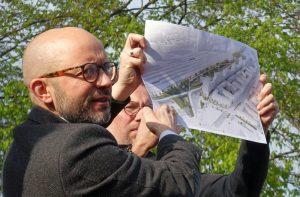 """Stellte die Pläne vor: Jon Brendel vom Frankfurter Architektur- unbd Planungsbüro """"raumwerk"""""""