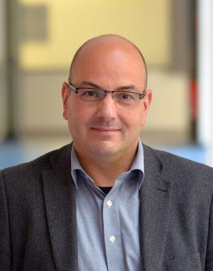 Dr Marcus Albert - Direktor der Klinik für Thorax-Chirurgie im Lungenzentrum des Klinikums Dortmund