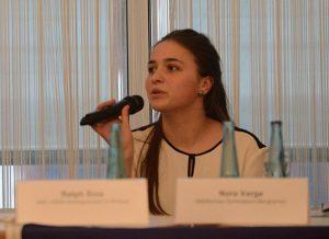 Nora Varga: die Jugend ist gespalten