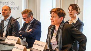 vorne rechts: Nadine Milde von Bündnis 90/Die Grünen.
