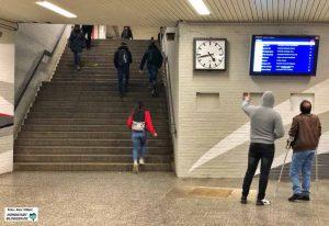 Der Eingang zum Hauptbahnhof auf der Nordseite - Rolltreppe oder Aufzüge gibt es hier noch nicht.