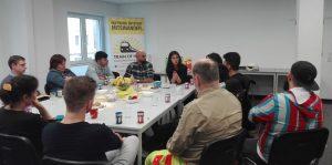 Staatssekretärin Serap Güler im Gespräch mit FlüchtlingshelferInnen beim Verein Train of hope. Fotos: A. Steger
