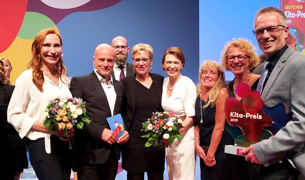 Das Nordstadt-Netzwerk räumt den Deutschen Kita-Preis in Berlin ab.