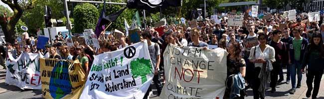 Fridays for Future: SchülerInnen streiken in Dortmund weiterhin für das Klima und für den Klimanotstand